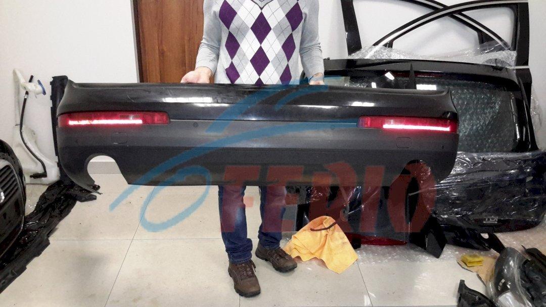 Бампер в сборе без дефектов, черный, с кронштейнами                                   цена 30 000р