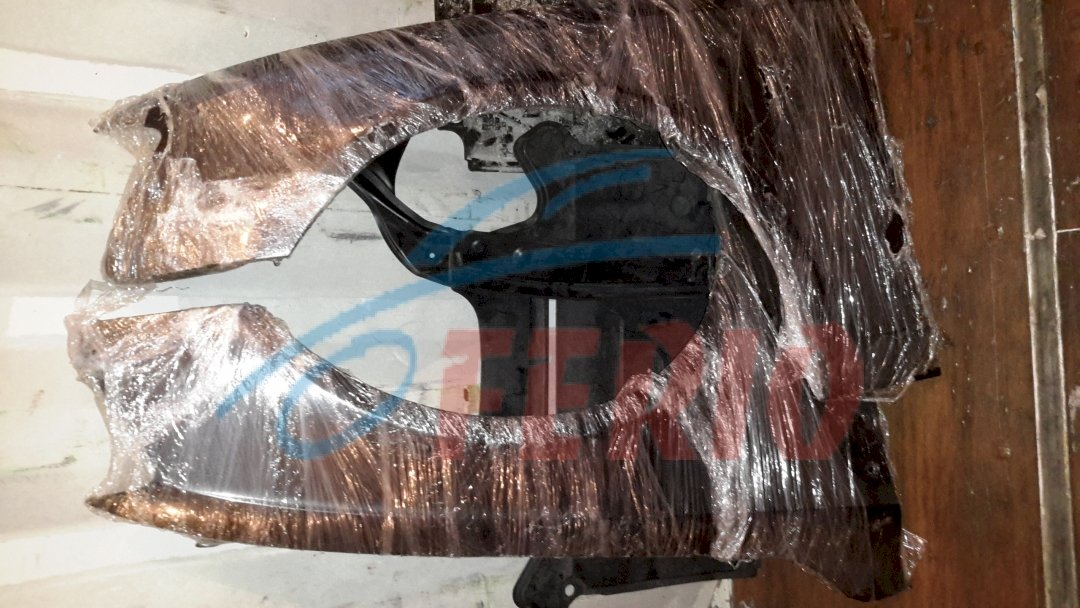 Крылья передние черные, без дефектов цена 10000 р \.ш