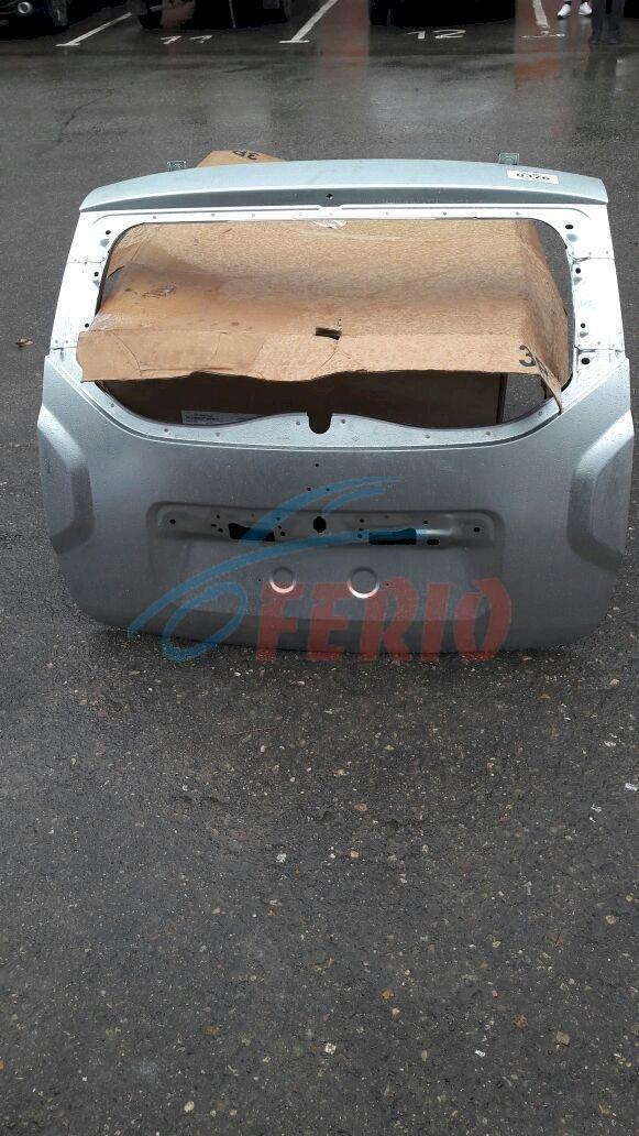 Рено Дастер крышка багажника оригинал